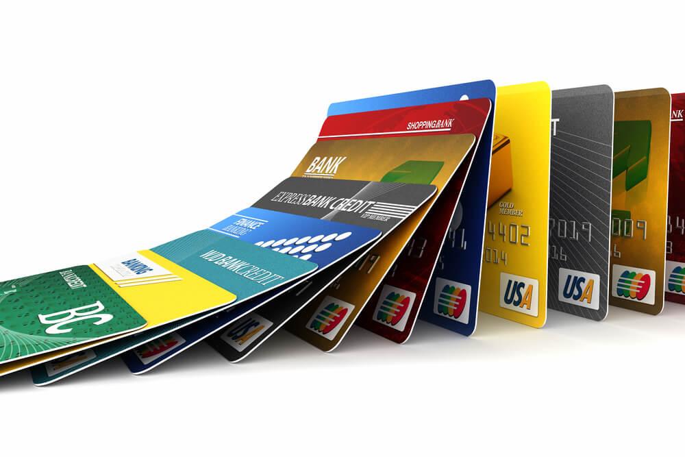 падение кредитных карт