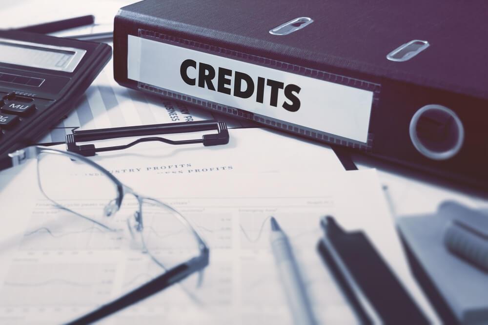 папка с кредитами